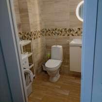 Сдам новую 1-к квартира, 46 м2, 17/25 эт. с ремонтом и мебел, в Новосибирске