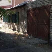 Продам дом, 3 комнаты + веранда. в центре+ гараж, в г.Семей