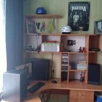 Большой компьютерный стол, в Богдановиче