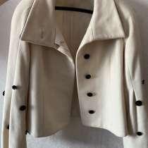 За 100 рублей пальто женское, в Красноярске