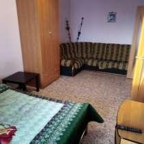 Уютная квартира на Петухова, в Новосибирске