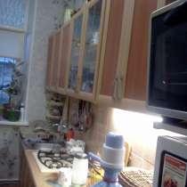 Сдается длительно большая квартира-СТУДИЯ, в Керчи