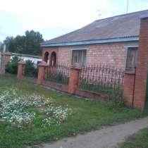 Дом в деревне кирпичный, в Красноярске
