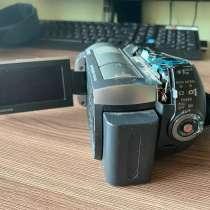 Видеокамера сони хендикам 25х dcr-sr82 60гб. 4.0 менапикселя, в Мытищи