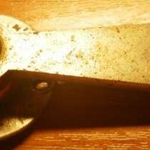 Старинные дверные бронзовые ручки, в Владимире