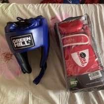 Перчатки и шлем боксерские, в Иркутске