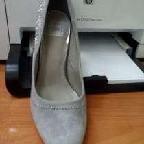 Продам замшевые туфли - новые, в Томске