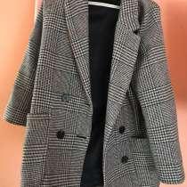 Пальто женское, в Красноярске