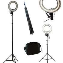 Кольцевая лампа на штативе для визажистов, парикмахеров, фот, в г.Минск