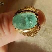 Кольцо с натуральным уральским изумрудом, в Краснодаре