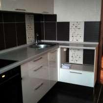 Две комнаты в четырехкомнатной квартире на длительный срок, в Екатеринбурге