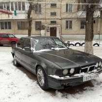 Машину, в г.Алматы