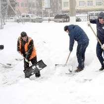 Чистка снега по Рязани лопатами, в Рязани