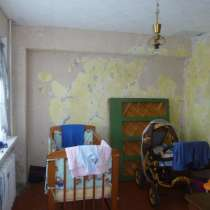 Продается 4-х комнатная квартира,50 лет ВЛКСМ, 10, в Омске