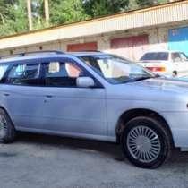 подержанный автомобиль Nissan Avenir, в Томске