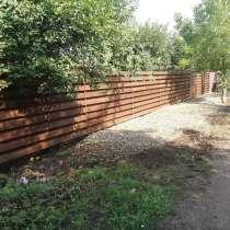 Забор деревянный шахматка, горизонтальный, в Краснодаре