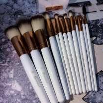 Кисти для макияжа под мрамор, в Москве