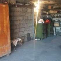 Продам гараж в центре г. Краснодон на кв. Советском, в г.Краснодон