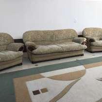 Диван с креслами, в Каспийске