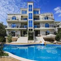 Вилла с частным бассейном и фантастическим видом на море, в г.Будва