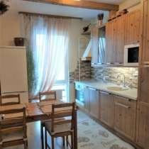 Продам квартиру трехкомнатную срочно, в Екатеринбурге