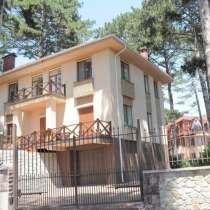 Продам дом в коттеджном посёлке, в Ялте