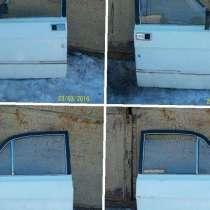 Двери задние на Волгу 3110, белые, в Таганроге