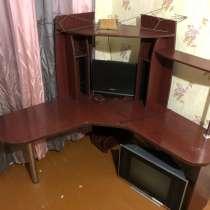 Компьютерный стол хорошее состояние 1000 р, в Архангельске
