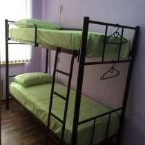 Кровати односпальные, двухъярусные на металлокаркасе, в Ялте