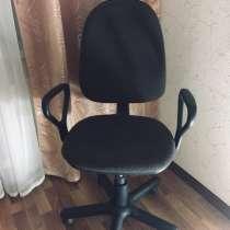Срочно продам компьютерный стул. В хорошем состоянии, в Октябрьском