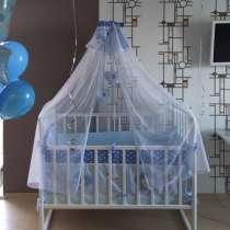 Кровать + комплект, в Хабаровске