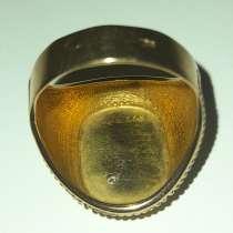 Золотое кольцо с бриллиантом, в г.Алматы