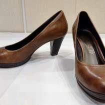 Продаю женские туфли, в Дмитрове