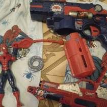 2 человека паука и 2 пистолета + маска SpiderMan, в Ростове-на-Дону