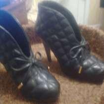 Одежда на девочку-подростка размер 42 и обувь 35 размера, в Красноярске