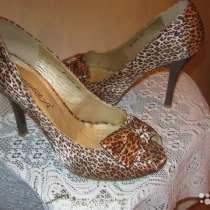 продам красивые сапоги и туфли, в Жигулевске