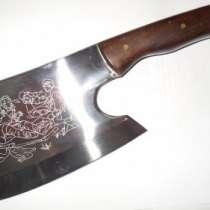 Предлагаем топоры, ножи, сапёрные лопаты, в Москве