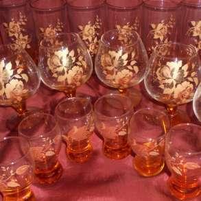 Сервиз из стекла новый с золотой деколью 18 предметов, в Москве