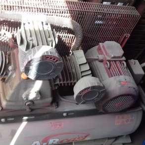 Продается компрессор 380 ВТ, 5,5 КВТ, с ресивером 500 л, в Санкт-Петербурге