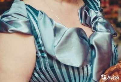 Платье нарядное р.50-52