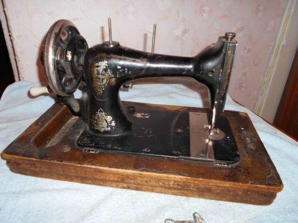 Продам раритетные швейные машинки (см. фото) Все исправны в Тобольске фото 4