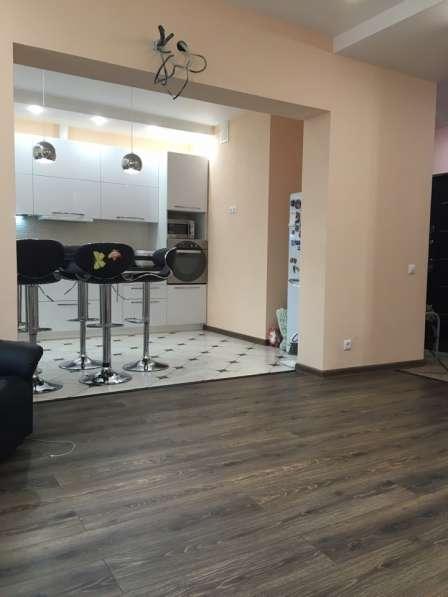 Продам 2 - х уровневую 7 комнатную квартиру
