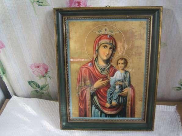 Старинную Фарфоровую икону-Матерь Божия-живопись на фарфоре