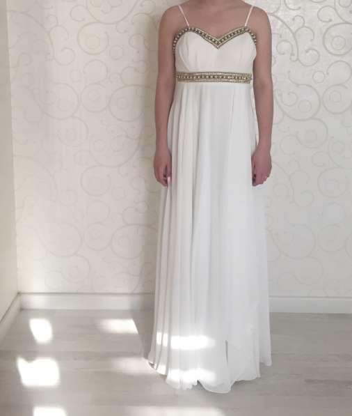 Продам вечернее выпускное платье в пол