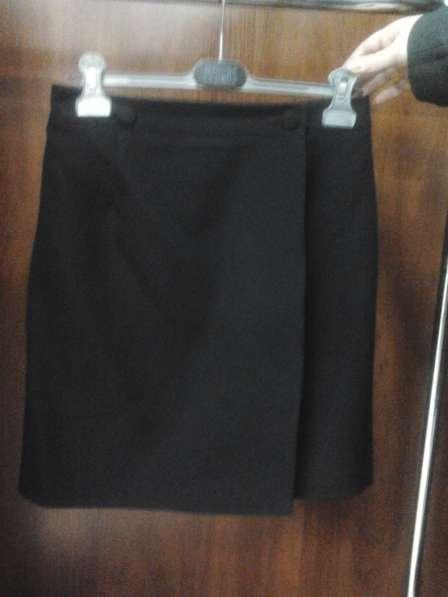 Юбка черная, на запах, р.48-50
