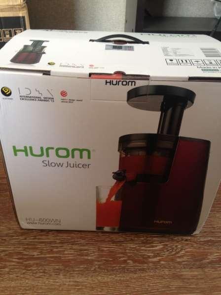 Новая Соковыжималка Hurom HU-600WN