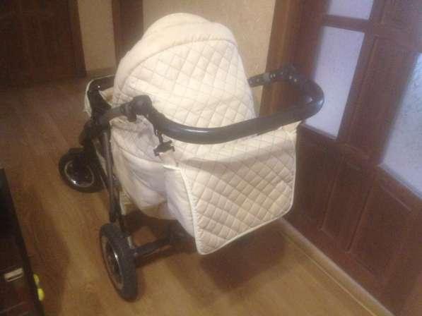 Продам детскую коляску 3 в 1 в хорошем состоянии в фото 3