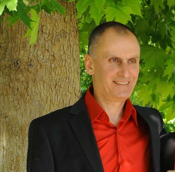 Армен Мкртчян, 56 лет, хочет пообщаться