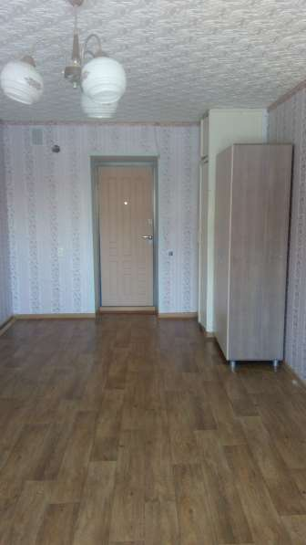 Продаю комнату-секционку в центре города по ул. Николаева