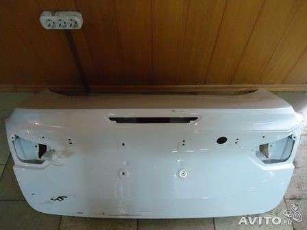 Крышка багажника на Форд Фокус 3 седан